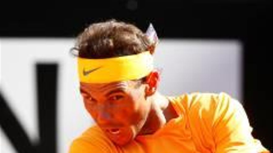 Nadal bat Djokovic en  un duel igualat i jugarà  la final contra Zverev