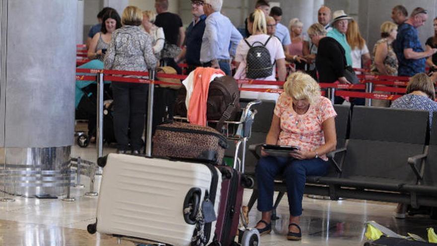 Canarias prevé cerrar el año con cinco millones de turistas británicos