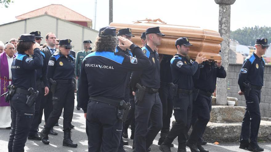 Prisión sin fianza para el conductor que atropelló y mató al policía de Carballo