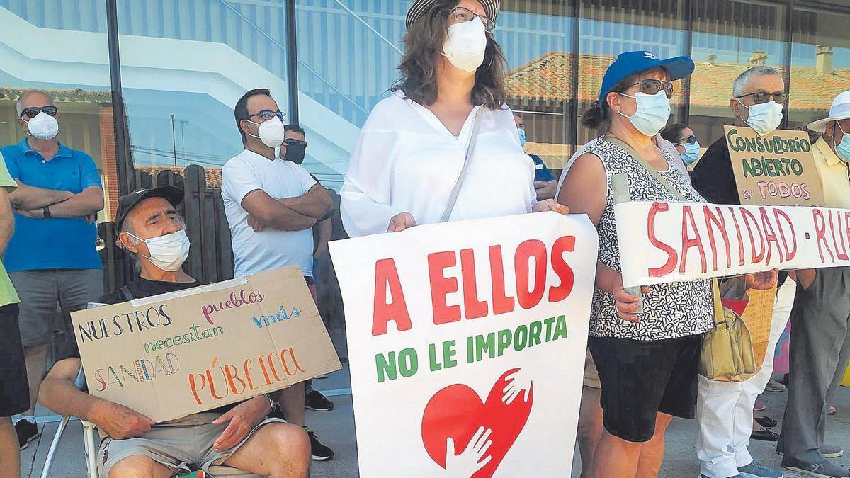 Una protesta de la Plataforma por la Sanidad Pública.