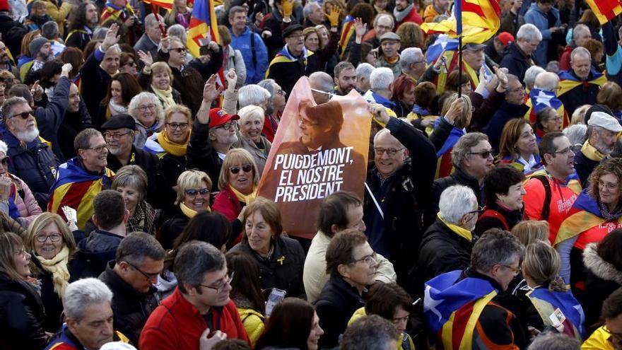 Torra y Puigdemont participan en un acto independentista en Perpiñán