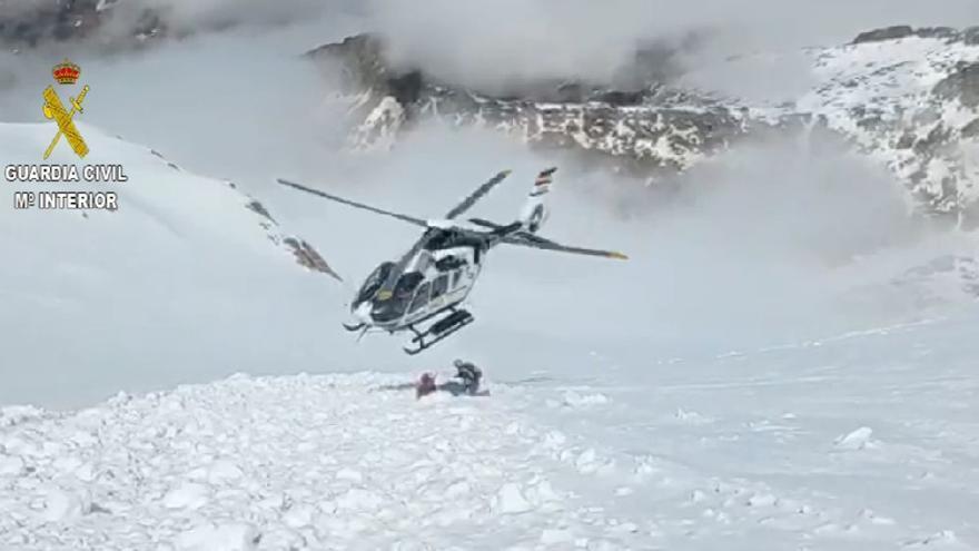 Una montañera irlandesa, rescatada tras precipitarse 200 metros en el Aneto