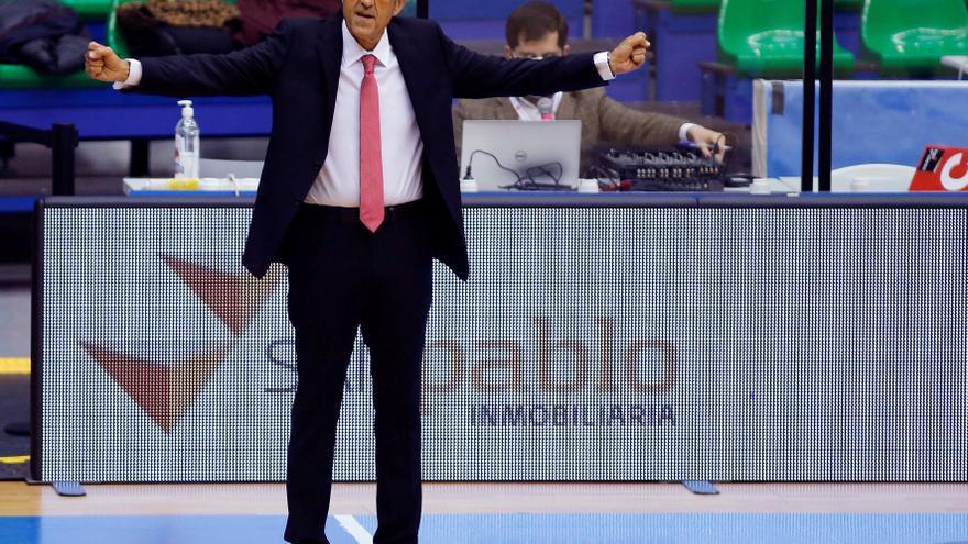 Luis Casimiro gana en su estreno con el Casademont Zaragoza