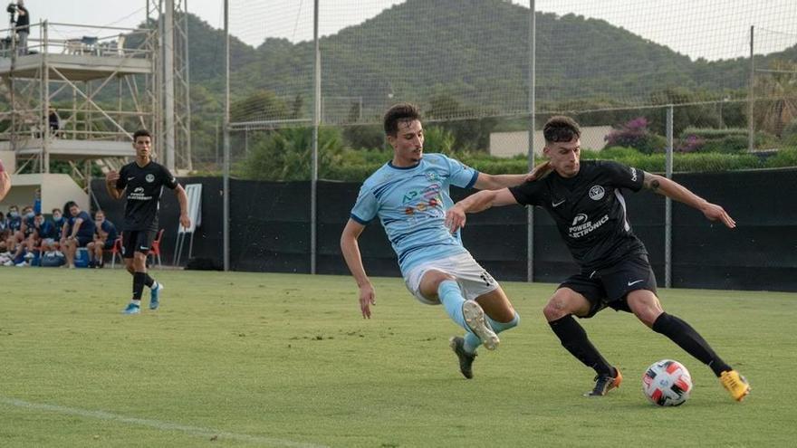 La UD Ibiza cede al lateral zurdo Héctor Martínez al Club Haro Deportivo hasta fin de temporada