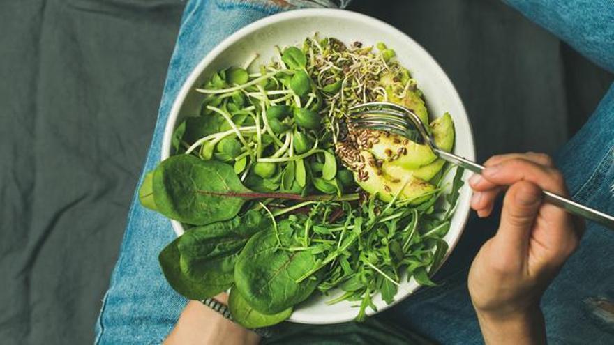 Las sombras de la dieta vegana en la salud de los huesos