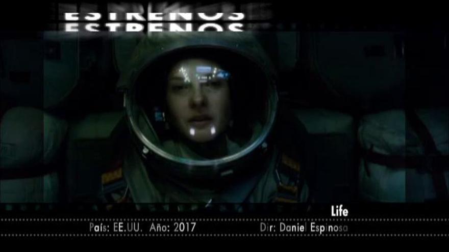 Los 'Power Rangers' se baten con el suspense espacial de 'Vida'