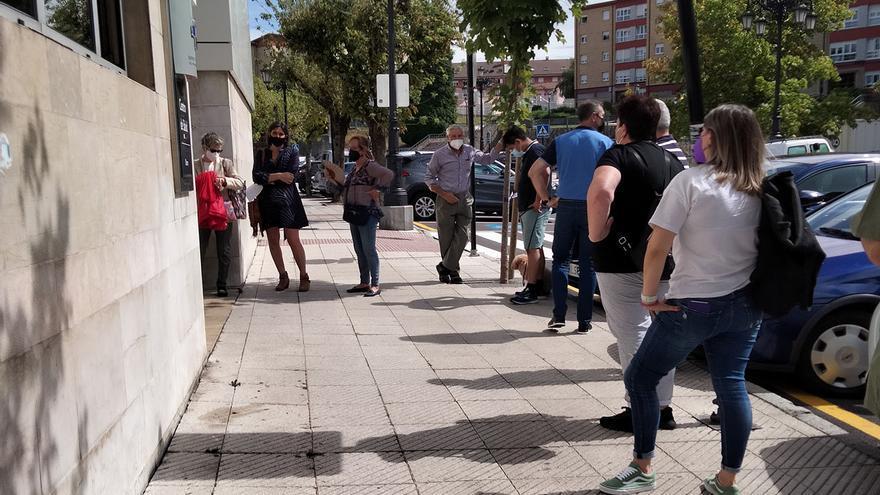 Salud pone en marcha una centralita para desatascar el colapso de los centros de salud del área de Oviedo