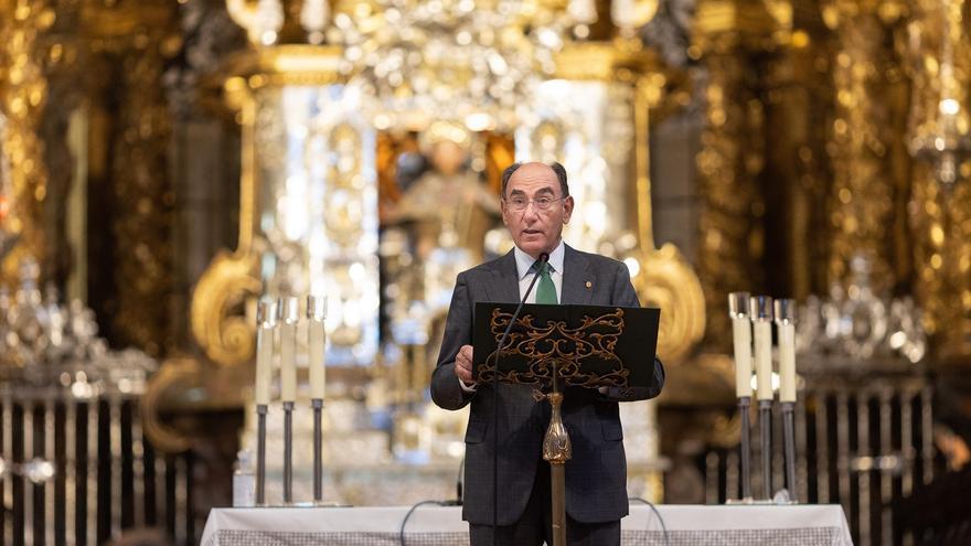 La catedral de Santiago estrena nueva iluminación con motivo del Año Jubilar Compostelano