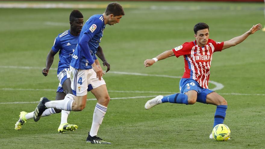 Kravets y Manu García, fichaje y salida inminentes en el Sporting