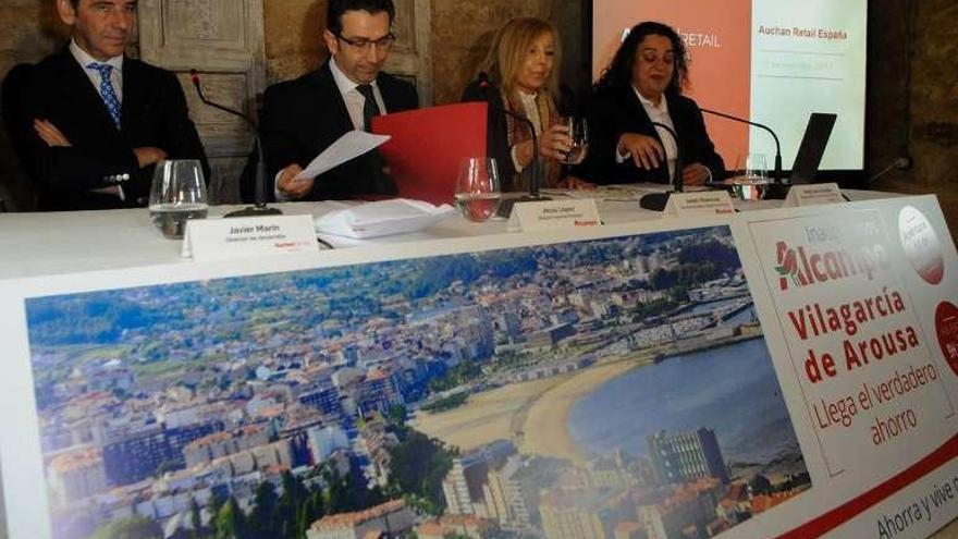 El nuevo hipermercado de Vilagarcía busca atraer a la ciudad clientes de otras zonas