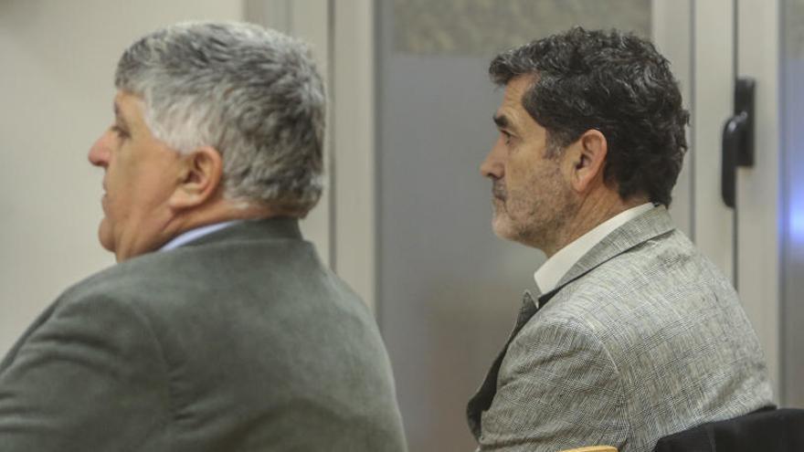 Absuelto el exedil Sobrino y un técnico por fraccionar contratos en una feria outlet
