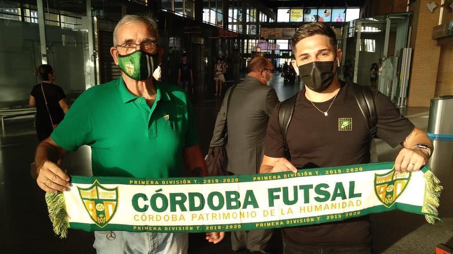 Álex Viana se incorpora a los entrenos del Córdoba Futsal