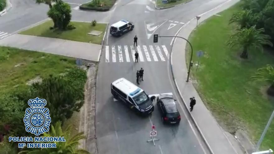 Detenido un conductor en Marbella por llevar una pistola y munición en el coche