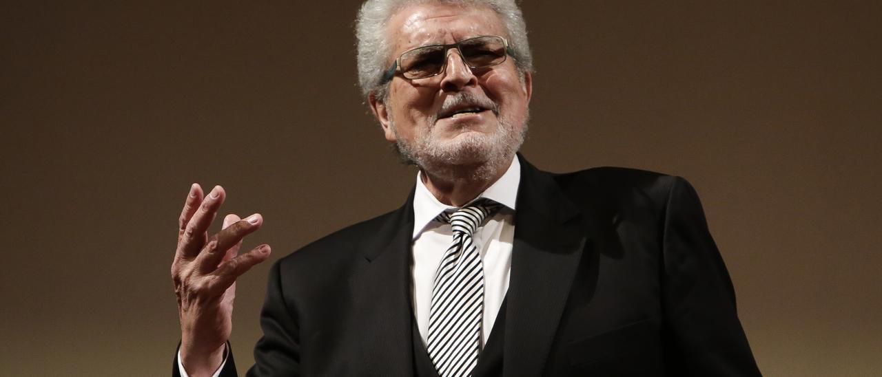 Joan Pons.