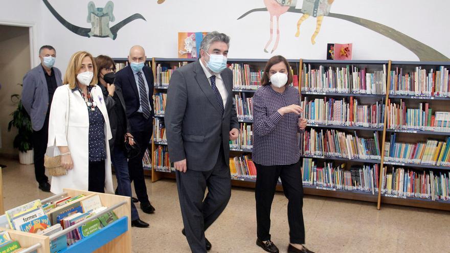 """El ministro Uribes anuncia en Alicante que la nueva Biblioteca Azorín será """"un referente"""" para la ciudad"""