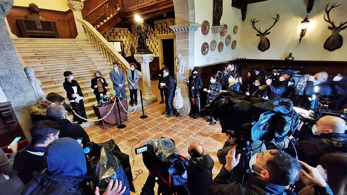 Acto de entrega de las llaves del pazo de Meirás el pasado 10 de diciembre.     // CARLOS PARDELLAS