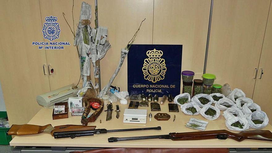 La Policía encuentra droga para la venta en la casa del hombre de Cea denunciado por agredir a su padre