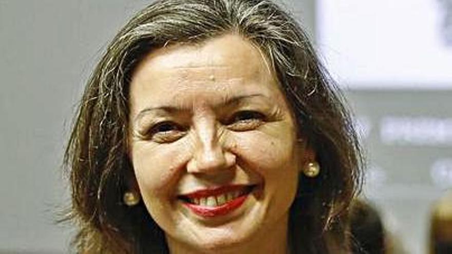 "La gijonesa Marisa López Diz gana el premio ""Cálamo"" de poesía erótica"