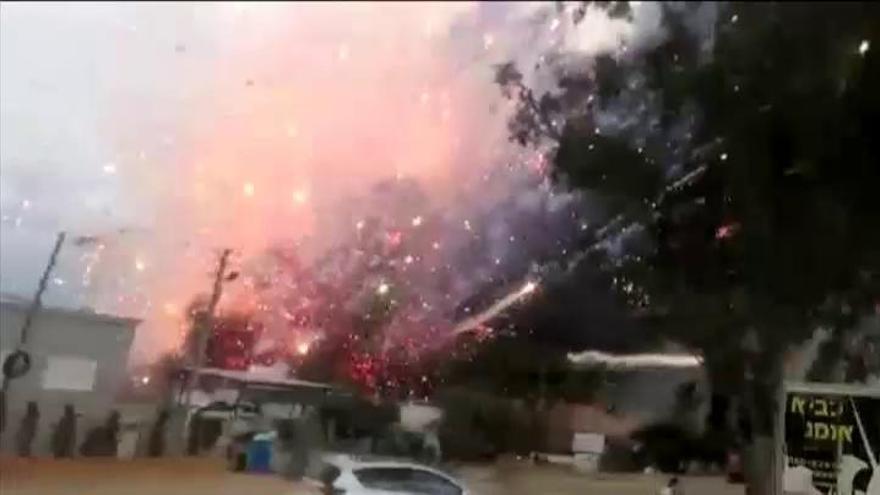 La explosión de un almacén de fuegos artificiales deja dos muertos en Israel