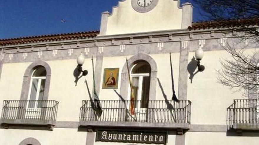 PSOE y Podemos externalizan la recogida de basura en Brozas