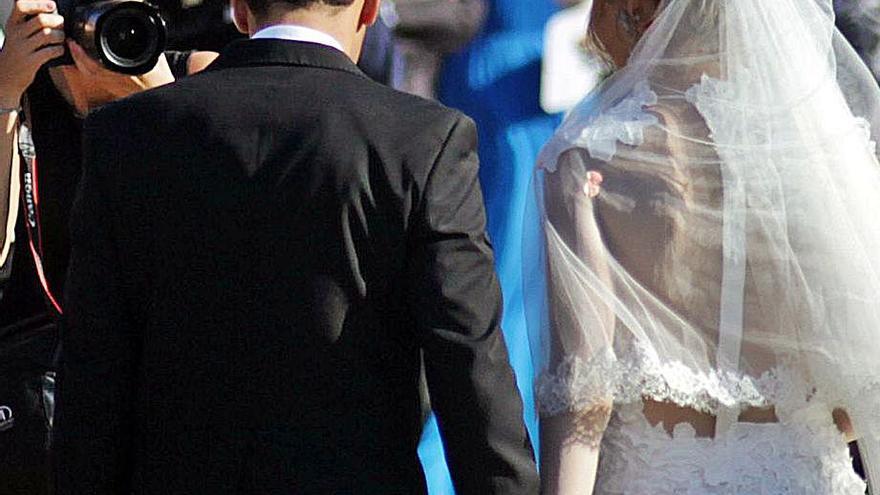 Oca, telón para una nueva boda del papel cuché