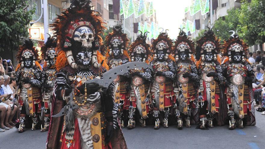 Los Moros y Cristianos de Elche ya son fiestas de Interés Turístico Autonómico