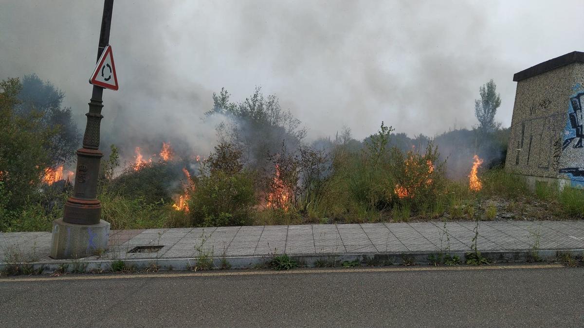 Incendio en La Manjoya.