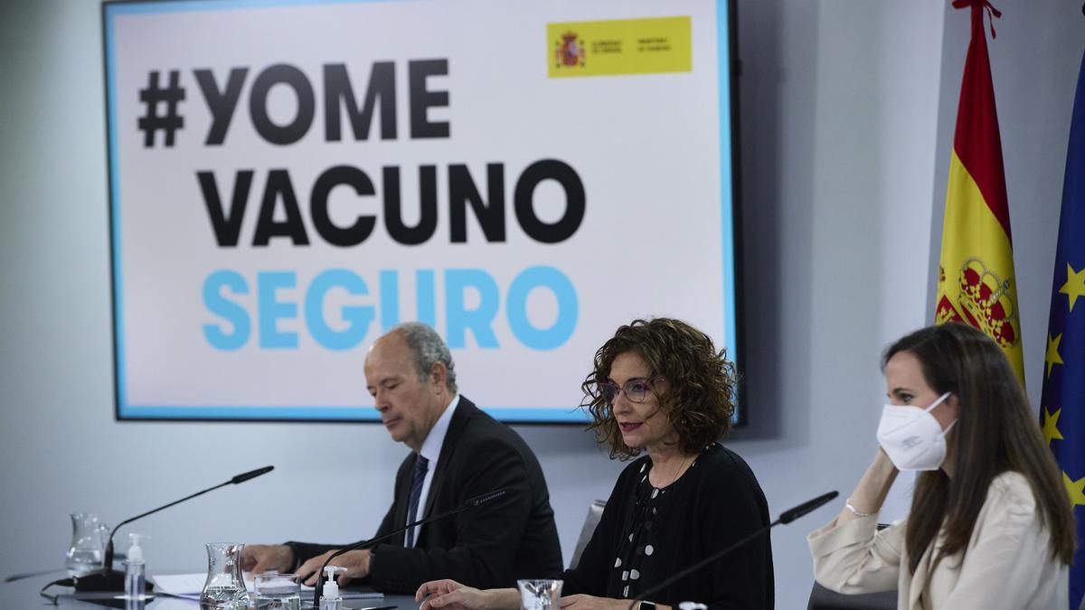 Juan Carlos Campo, Ione Belarra y María Jesús Montero