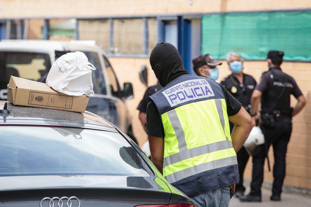 Intervención policial. Menudeo, gallos y tortugas en Ministriles, Lorca-3601.jpg