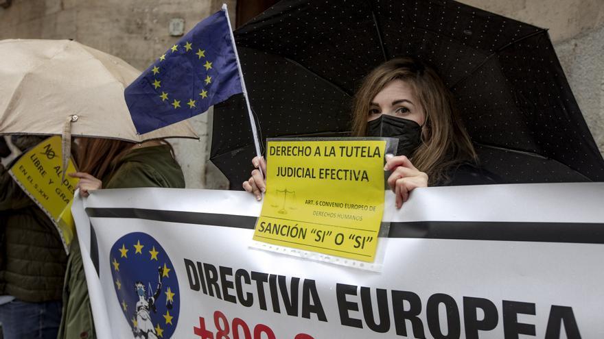 Los funcionarios interinos de Baleares exigen estabilidad en el empleo público