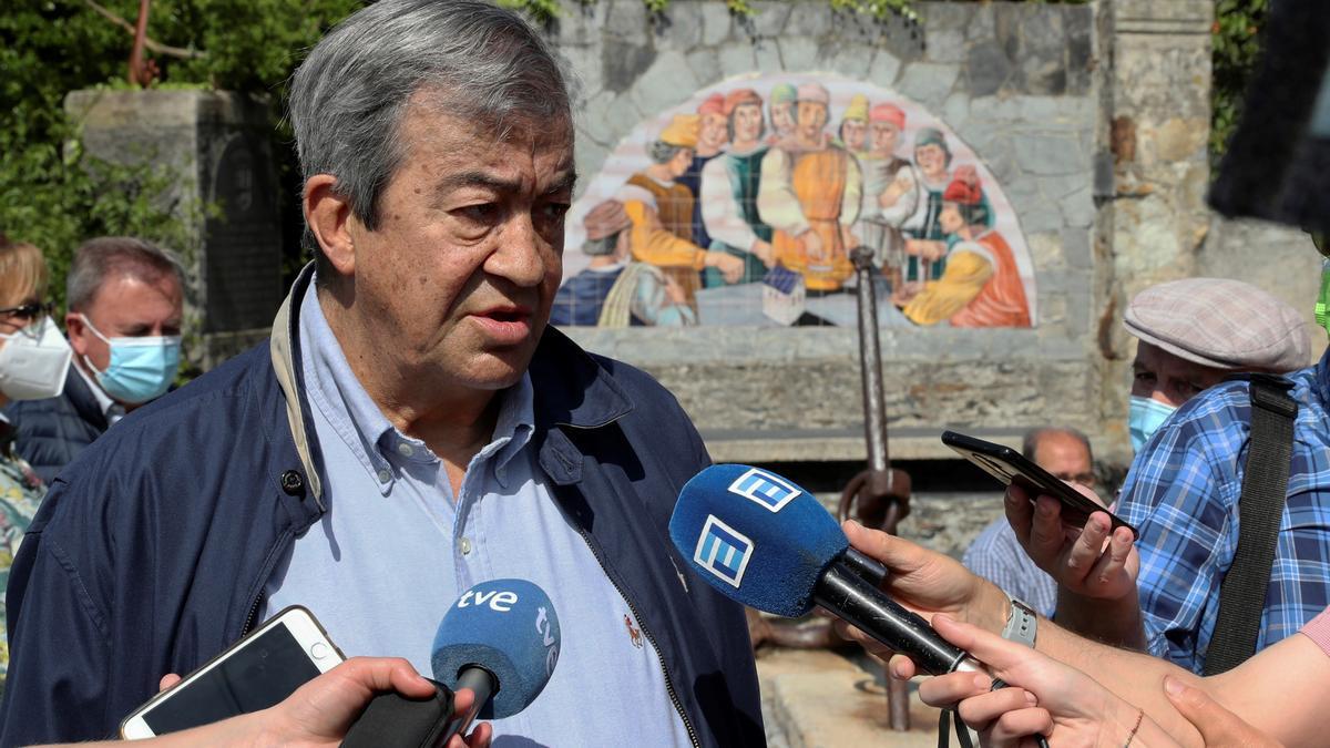 Álvarez-Cascos.