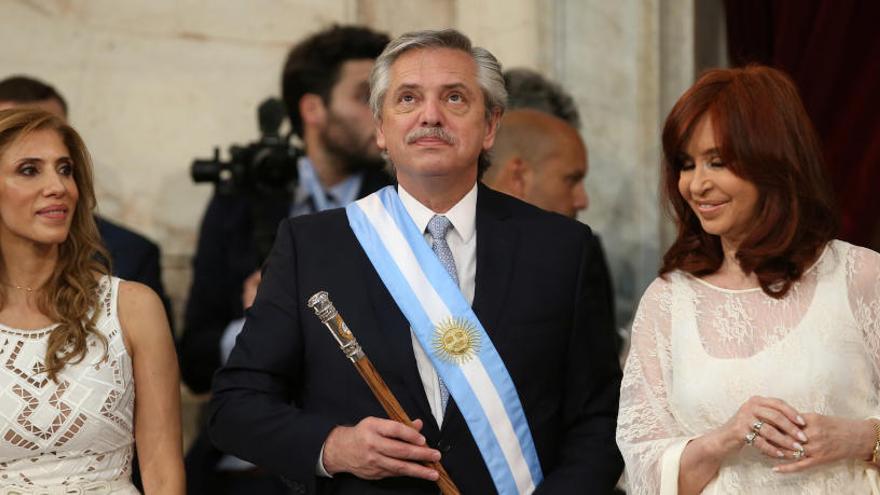 Alberto Fernández llama a la unidad en la toma de posesión como presidente de Argentina