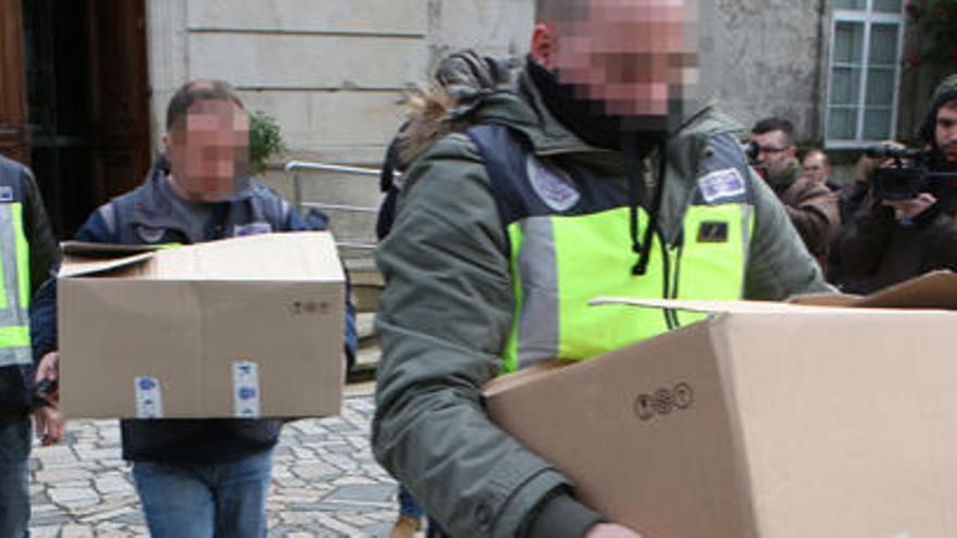 Investigado por estafar 102.000 euros en once concellos, entre ellos Cambre