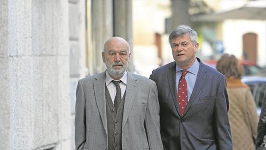 Al banquillo el juez Florit por controlar a periodistas