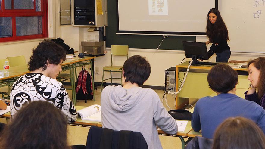 La caída en inglés y el Covid lastran un 25% la matrícula en la Escuela de Idiomas