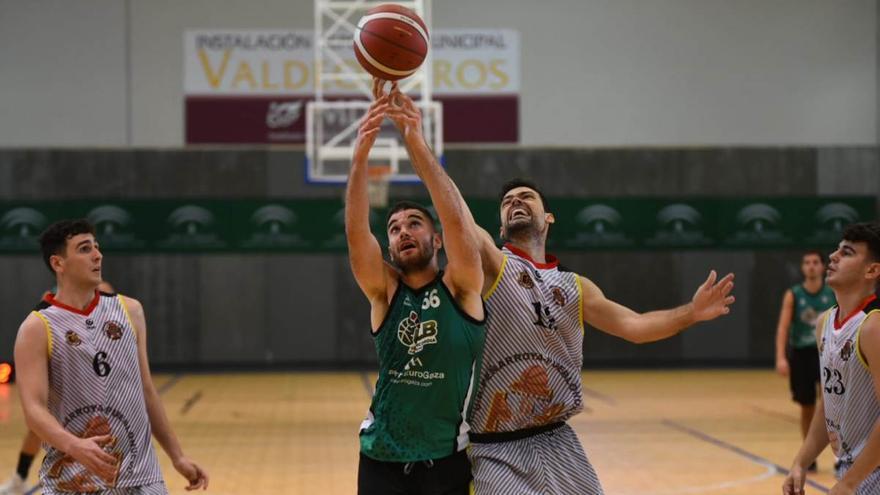 El Climanavas Agrometal Peñarroya sufre para derrotar al Camper Eurogaza UCB