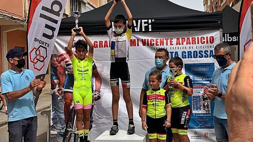 Primer triunfo de Andreu Sansaloni