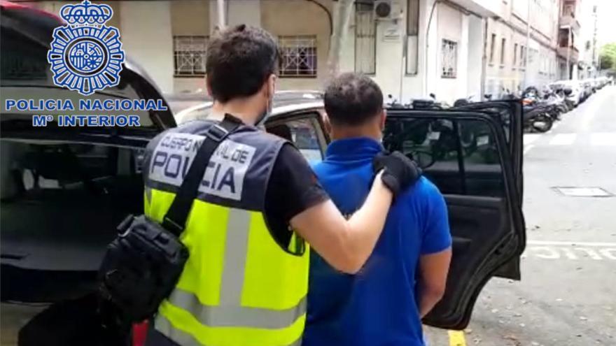 Detenidos tres hombres por un atraco violento en el polígono de Son Castelló