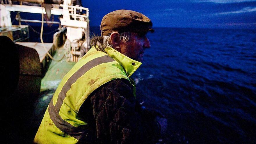 Una aplicación móvil permitirá a los pescadores avisar de basuras marinas
