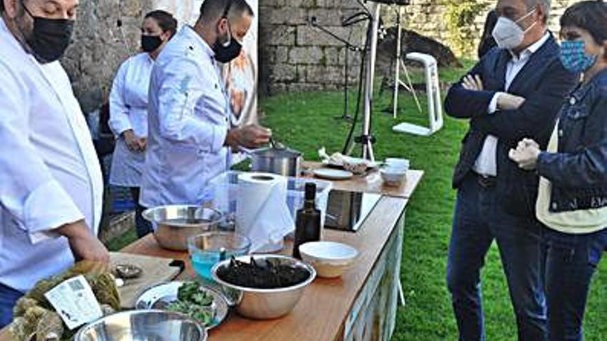 Soutomaior presume de su gastronomía en la ruta jacobea