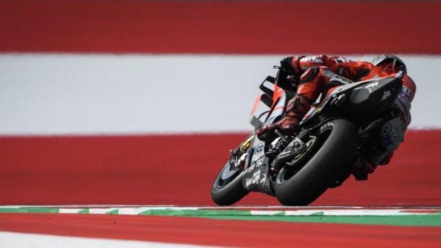MotoGP: Lorenzo guanya el pols a Márquez en un duel vibrant