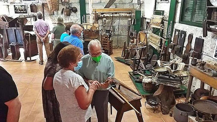 Castrelo do Val exhibe en una sala piezas y hallazgos arqueológicos