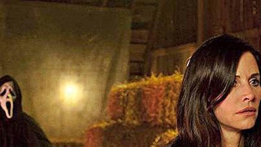 """Courteney Cox vuelve a la saga de """"Scream"""" y Neve Campbell se lo piensa"""