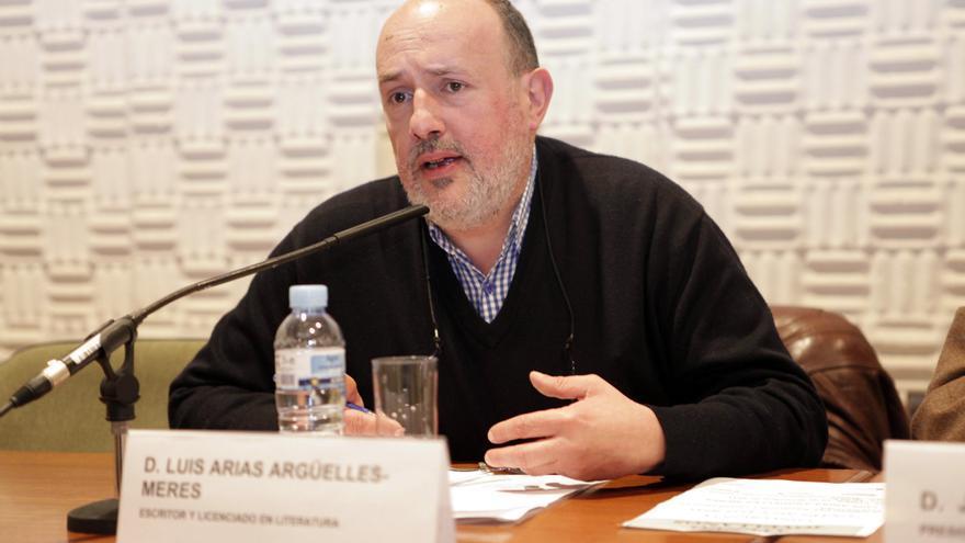 Fallece el escritor Luis Arias Argüelles-Meres
