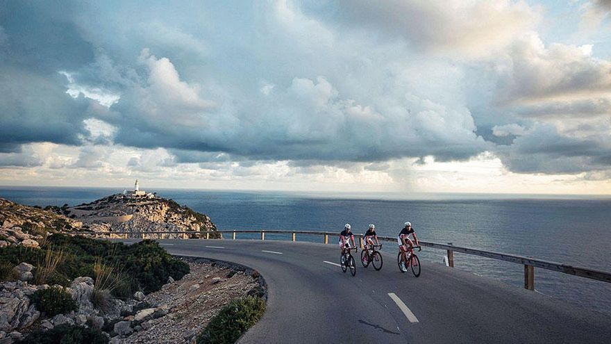 Viel Platz für eine Handvoll Radfahrer auf Mallorca