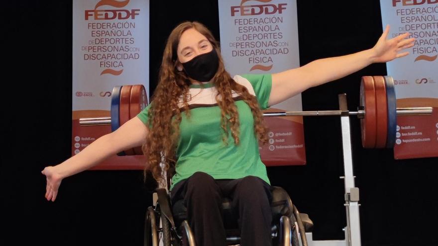 Loida Zabala ofrece ayuda en el Hospital de Toledo