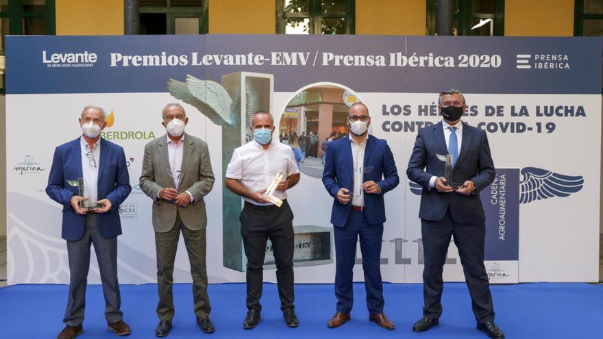"""Levante-EMV entrega los premios a los """"héroes"""" de la covid-19 de la cadena agroalimentaria valenciana"""