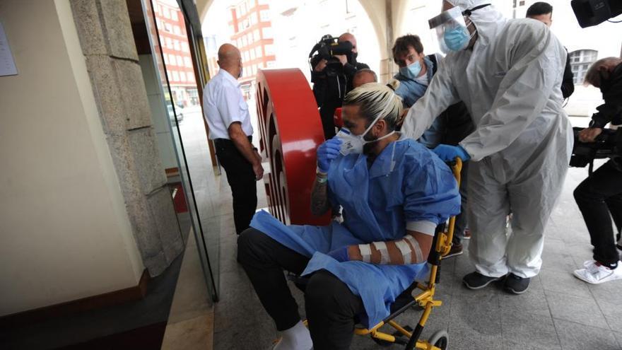 El futbolista del Fuenlabrada ingresado en A Coruña sale del hospital