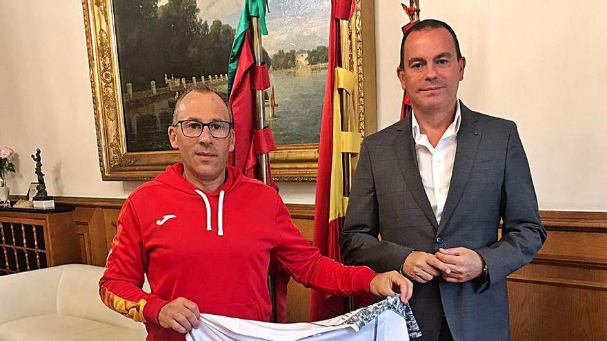 Gaspar Cadenas encuentra apoyo en la Diputación