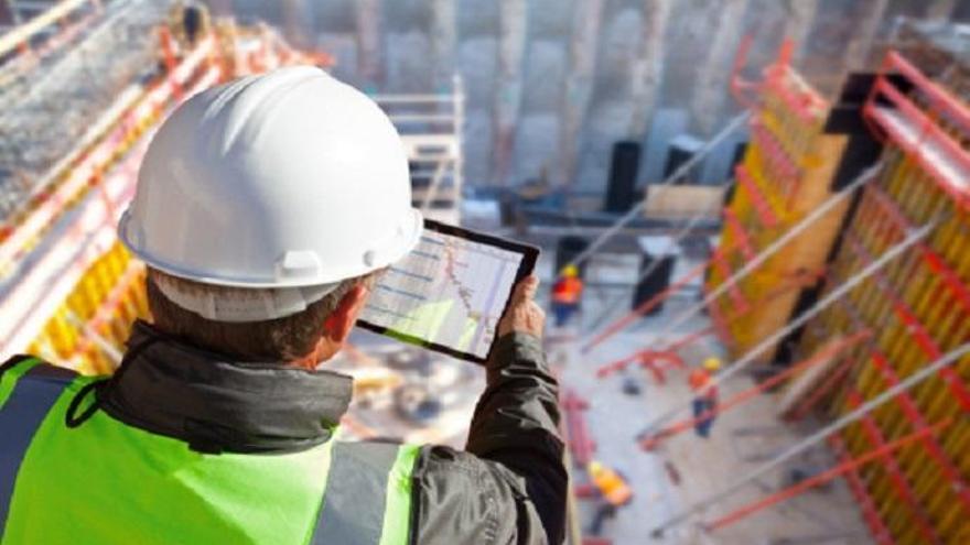 Ingenieros y agentes inmobiliarios, los puestos más demandados en Las Palmas
